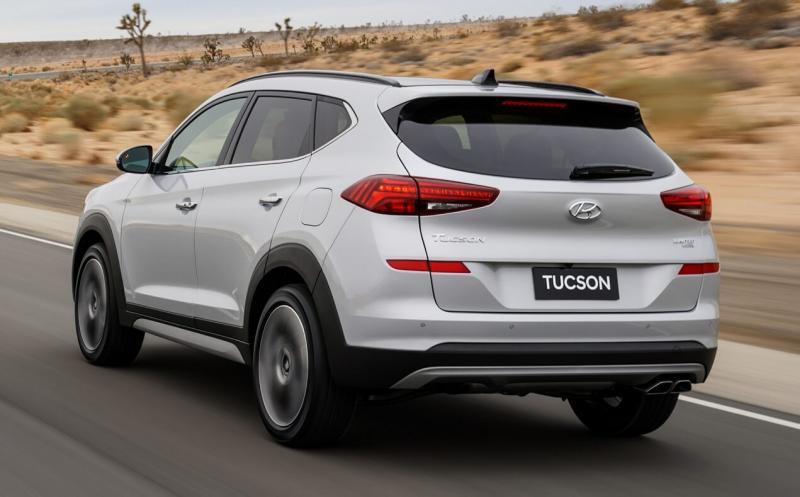 Вид сзади Hyundai Tucson