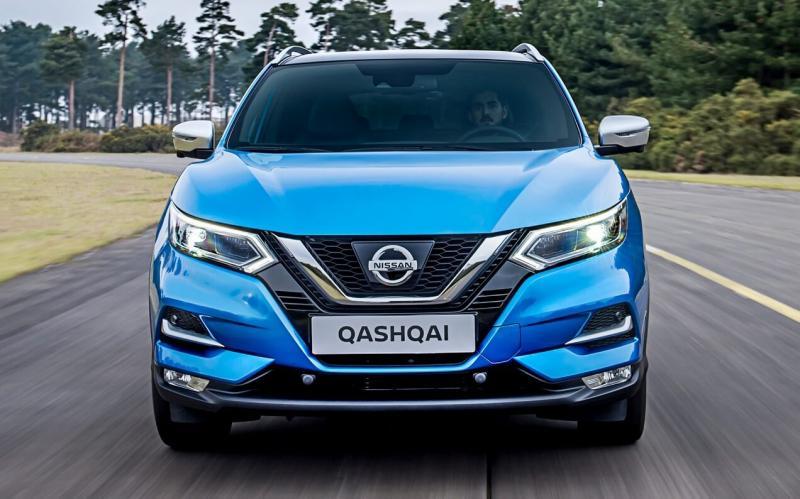 Вид спереди Nissan Qashqai