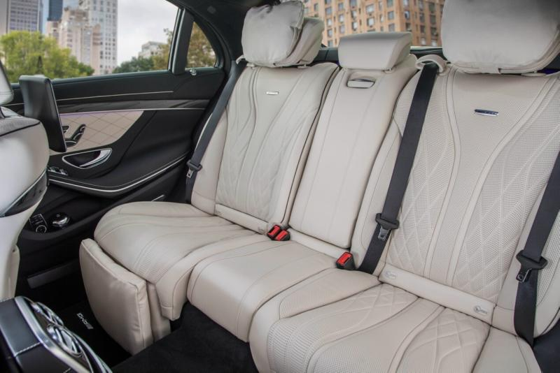 Задний ряд Mercedes-Benz S-Class