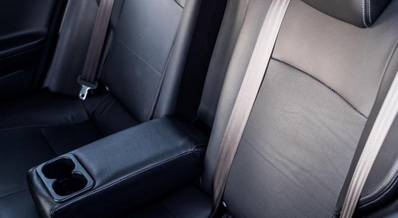Задний диван Mitsubishi Lancer