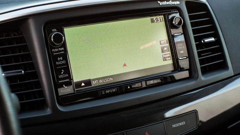 Мультимедиа Mitsubishi Lancer