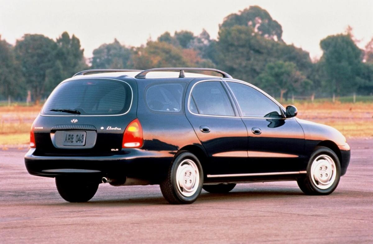 Hyundai Elantra Wagon (J2)