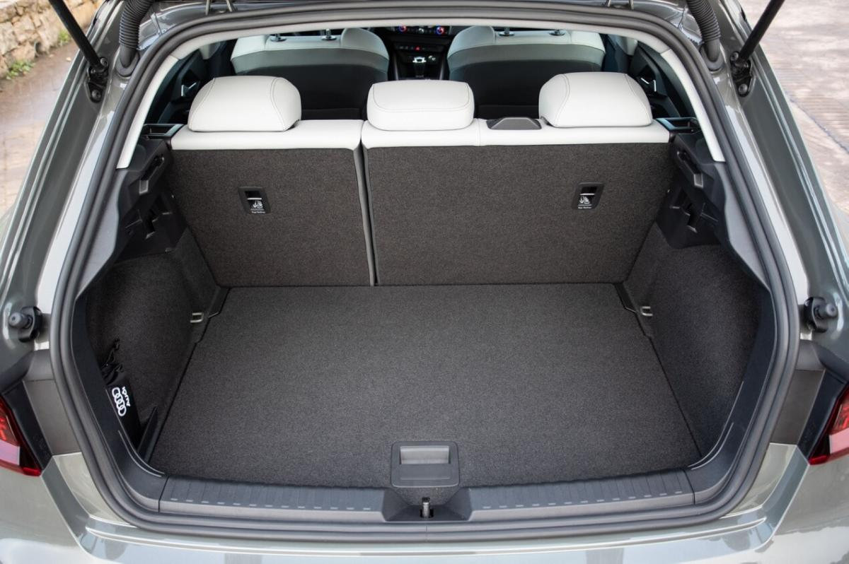 Багажник Audi A1 GB