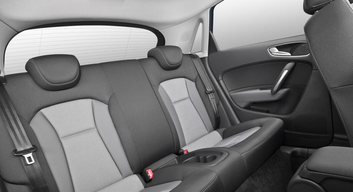 Задний диван Audi A1
