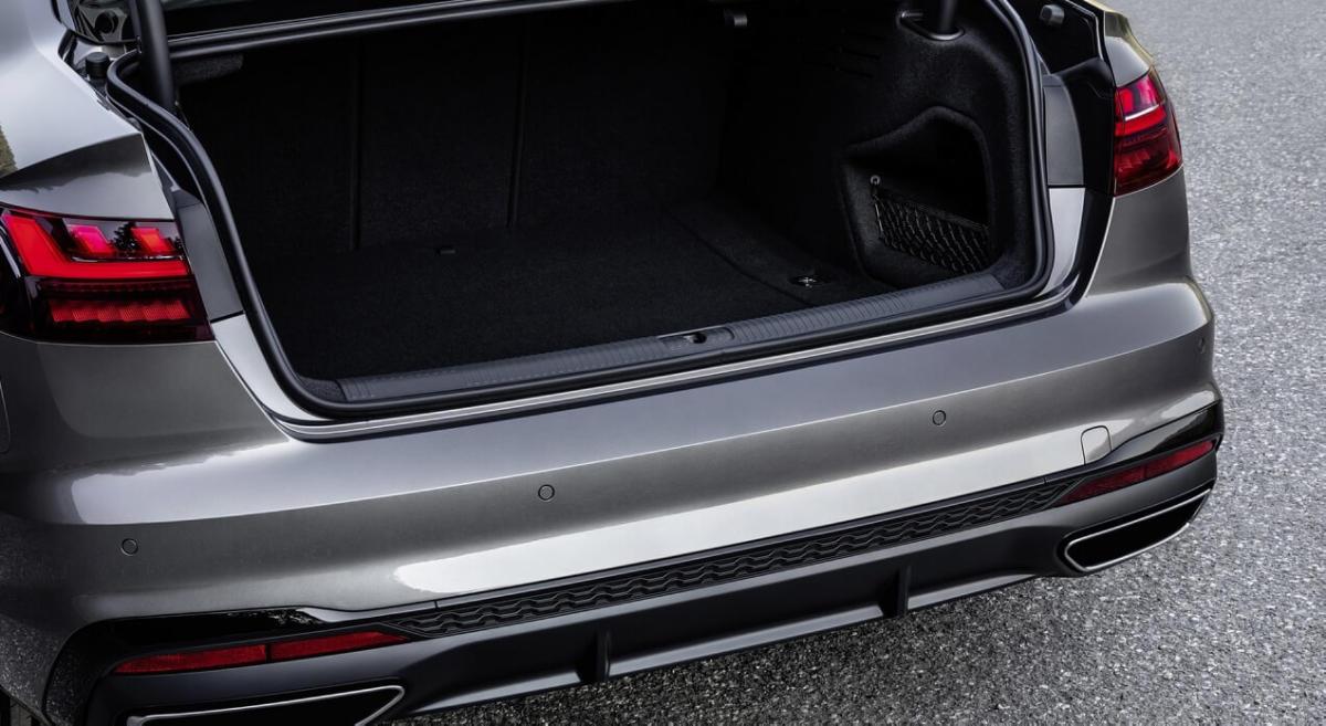Багажник Audi A4