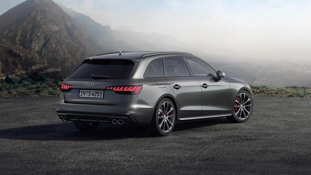 Audi A4 фото авто