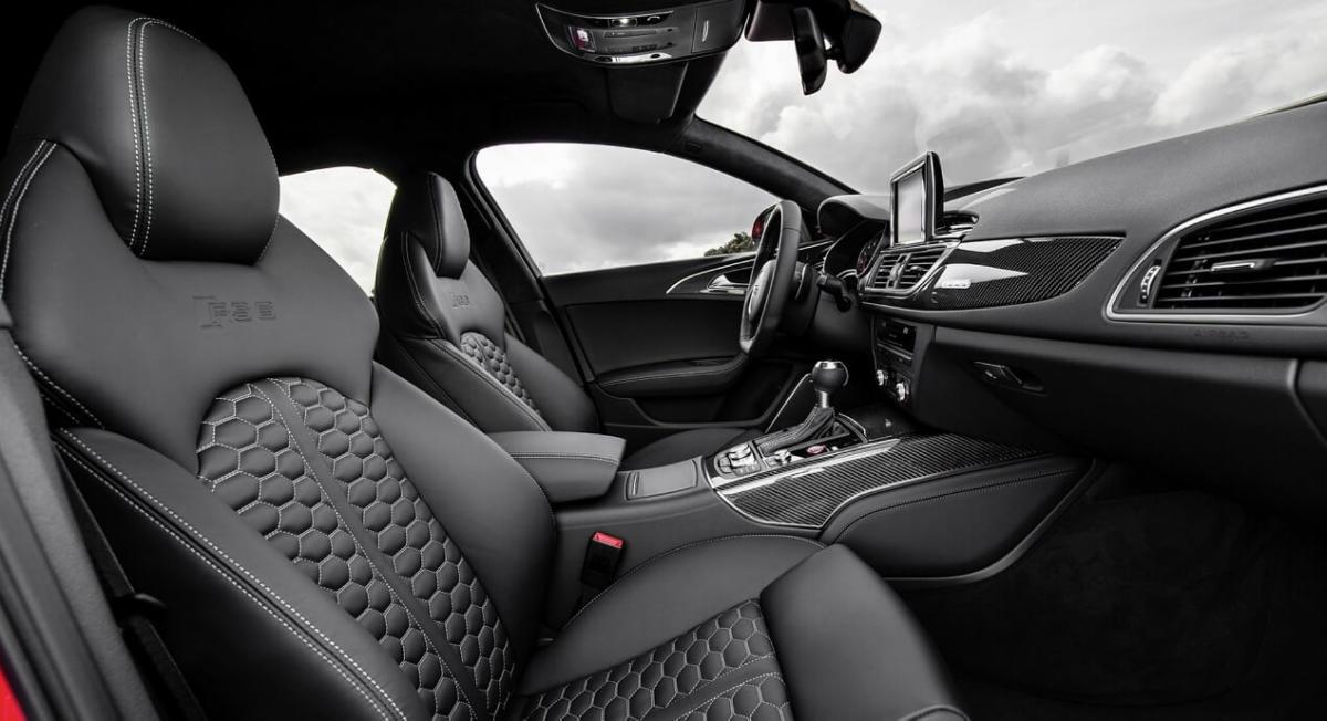 Audi RS6 Avant C7 фото салона