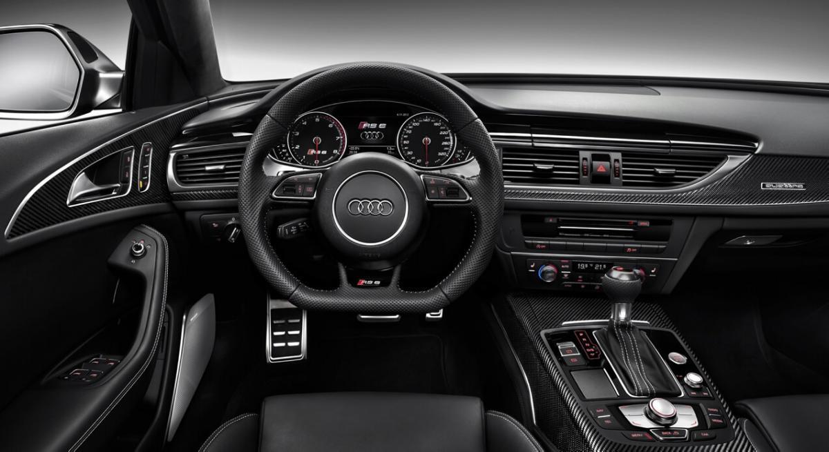 Интерьер Audi RS6 Avant C7