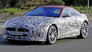 Jaguar представила новый седан XE