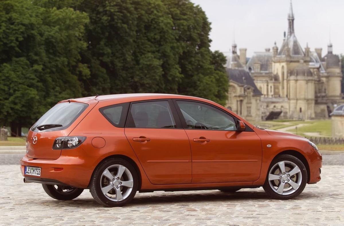 Mazda 3 Hatchback (BK)