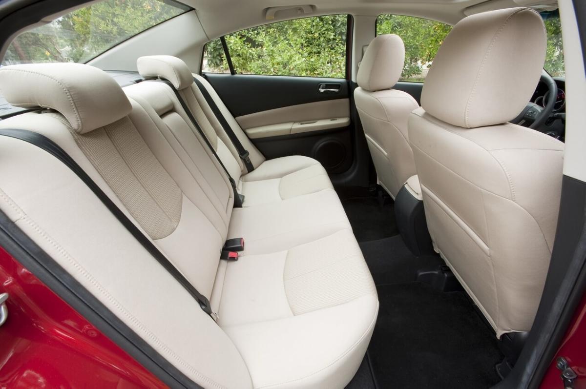 Салон Mazda 6 II поколение