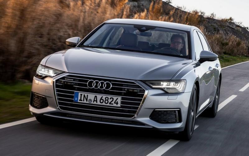 Вид спереди Audi A6 (C8)