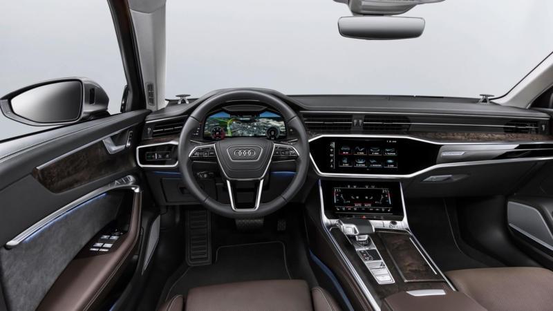 Интерьер Audi A6 (C8)