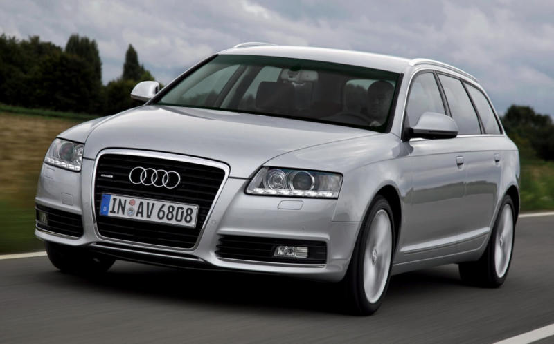 Вид спереди Audi A6 (C6)