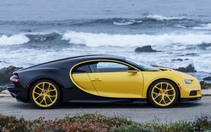 Суперкар Bugatti Chiron