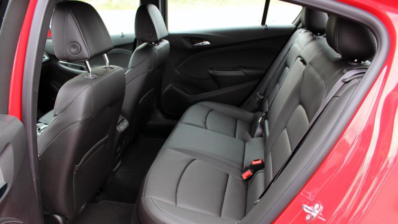 Салон Chevrolet Cruze II поколения