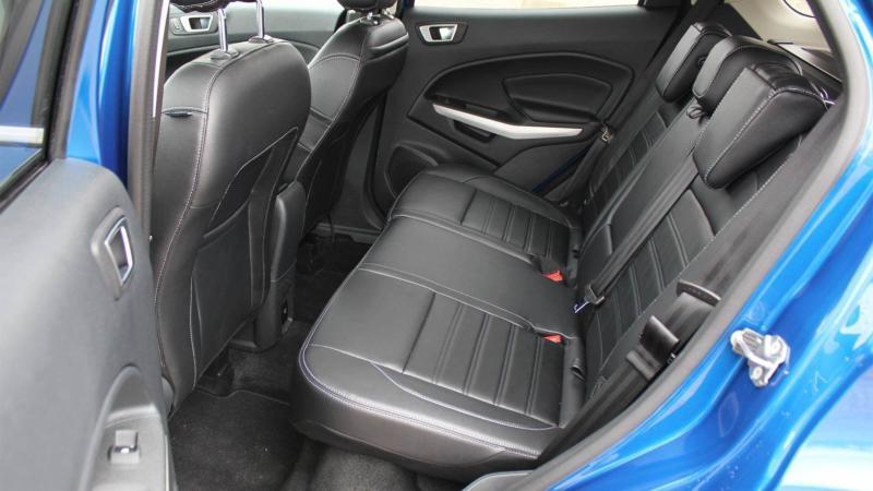 Задний ряд Ford EcoSport