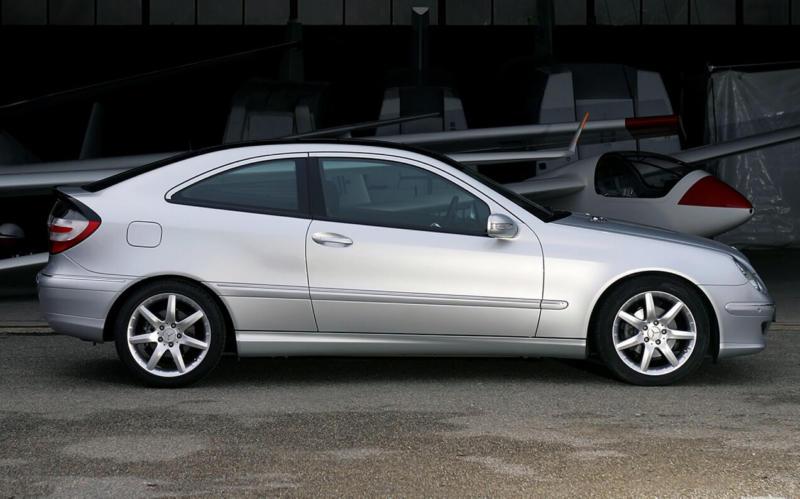 Mercedes-Benz C-Class SportCoupe 2004