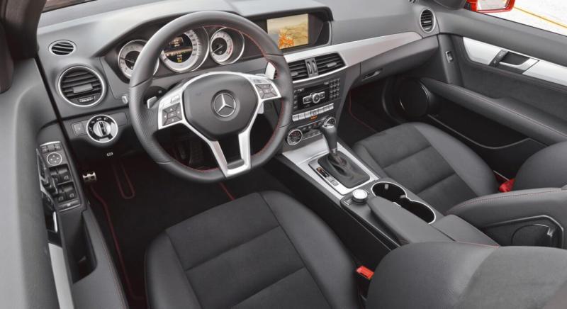Интерьер Mercedes C-Class W204