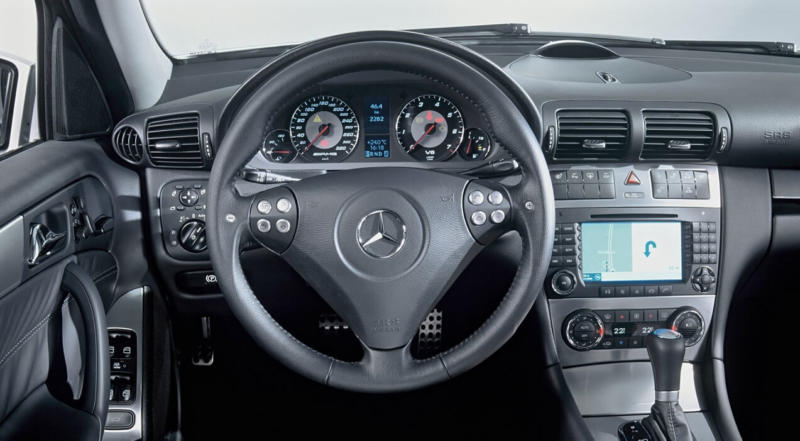 Интерьер Mercedes-Benz C-Class W203