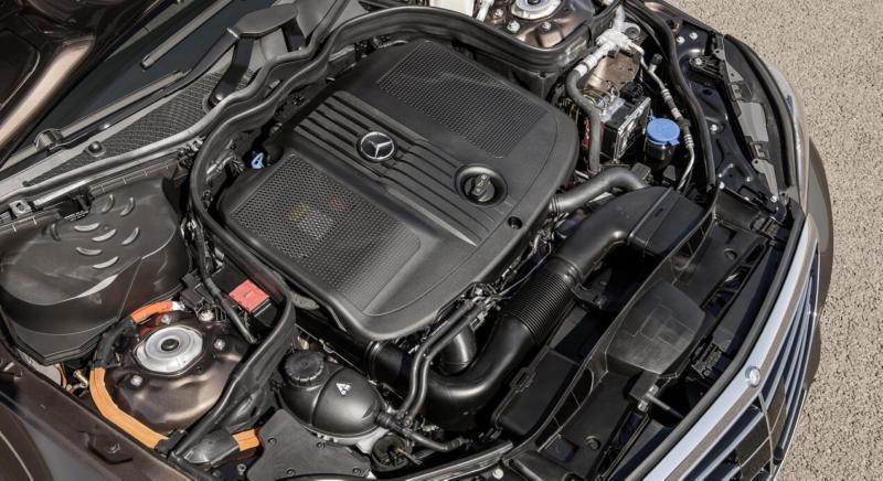 Mercedes-Benz E-Class - Engine