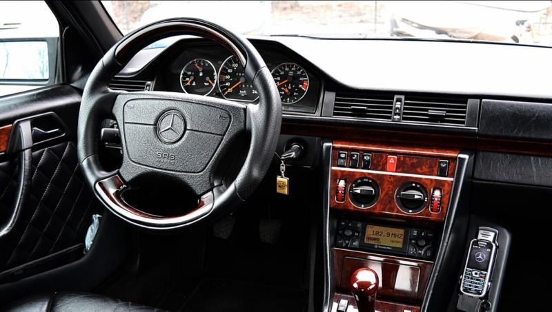 Салон Mercedes-Benz E-Class (W124)