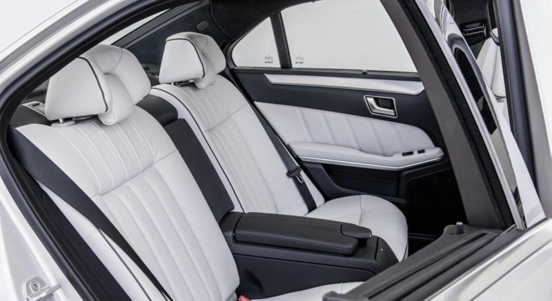 Задний диван Mercedes E-Class