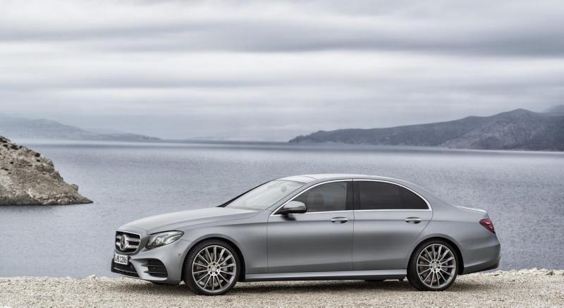 Вид сбоку Mercedes-Benz E-Class W213