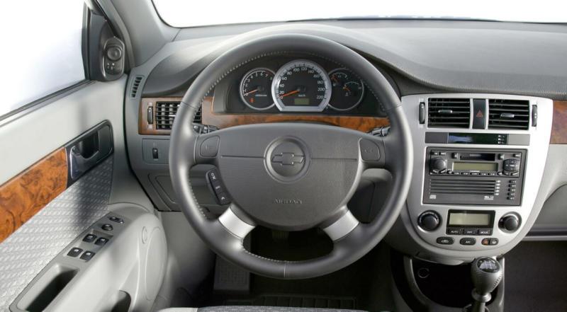 Интерьер Chevrolet Lacetti