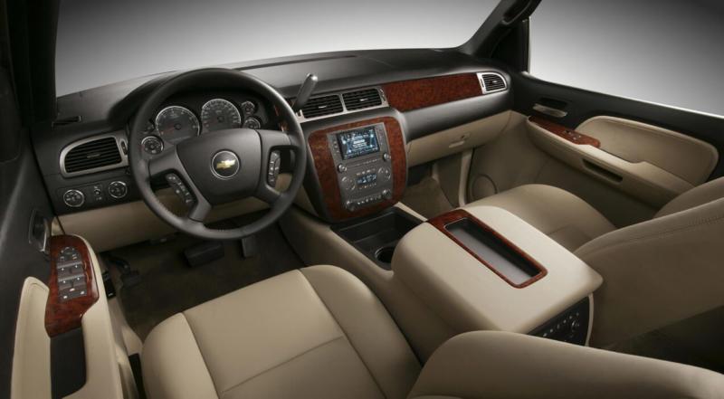 Интерьер Chevrolet Tahoe III
