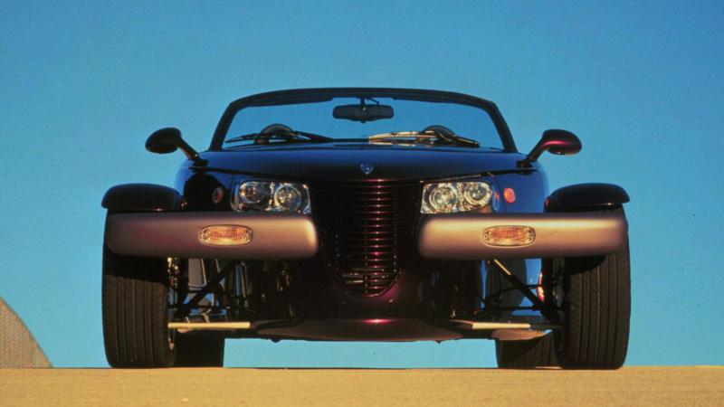 Вид спереди Plymouth Prowler