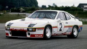 Спорткар Порше 924