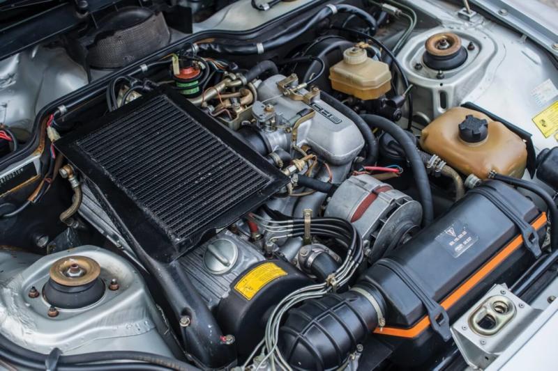 Двигатель Porsche 924