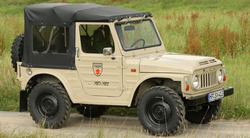 Вид сбоку Suzuki Jimny SJ20