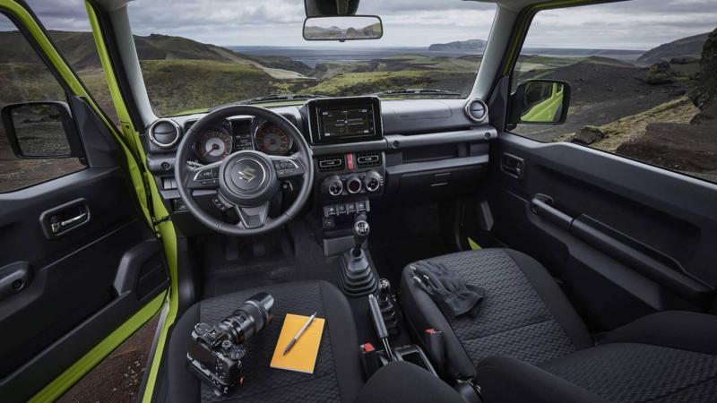 Интерьер Suzuki Jimny IV