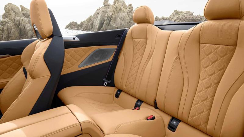 Фото салона BMW M8