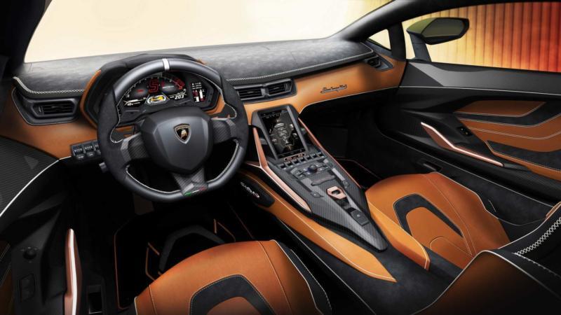 Интерьер Lamborghini Sian