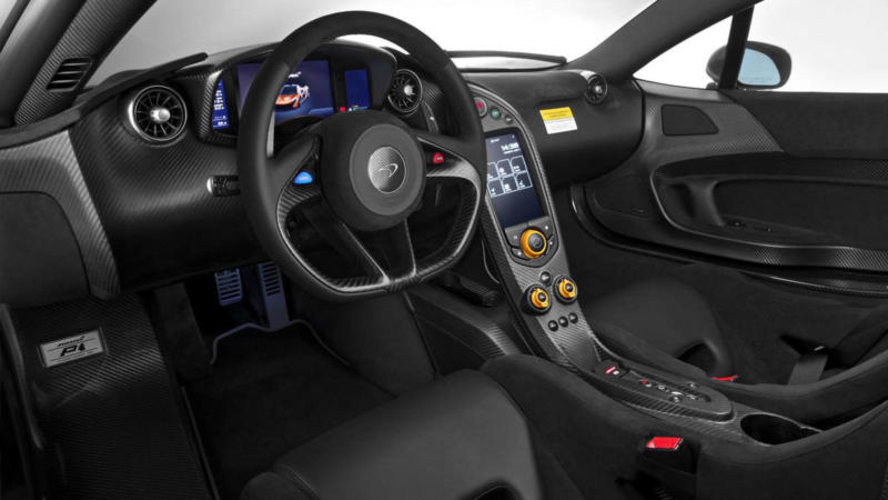 Интерьер McLaren P1