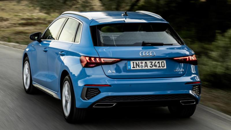 Вид сзади Audi A3 8Y