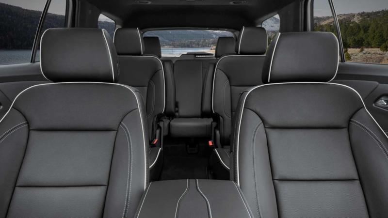 Интерьер Chevrolet Traverse 2021