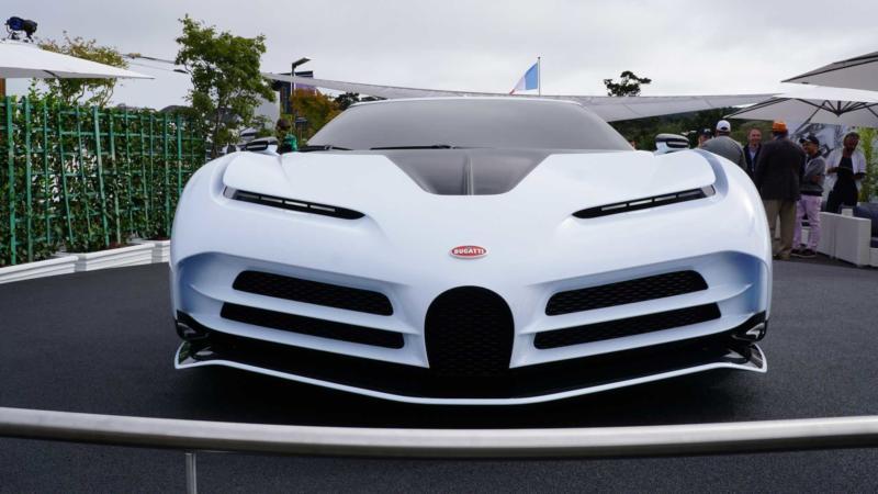 Bugatti Centodieci вид спереди