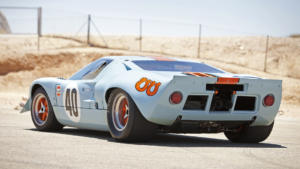 Форд GT40 вид сзади