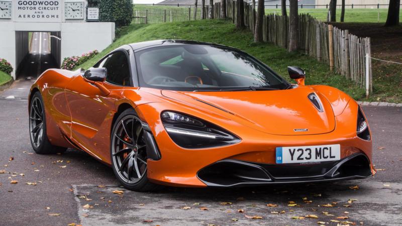 Фото McLaren 720S