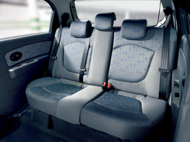 Задний диван Chevrolet Spark M200