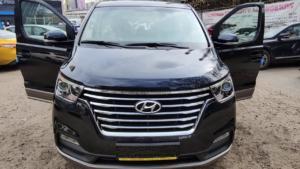 Hyundai Grand Starex вид спереди