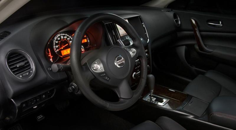 Nissan Maxima A35 салон