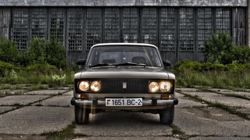 ВАЗ-2106 вид спереди