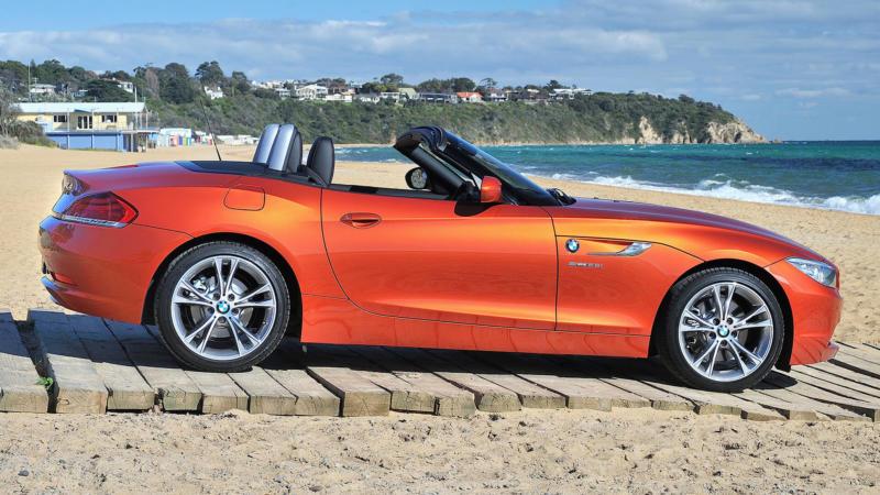BMW Z4 вид сбоку
