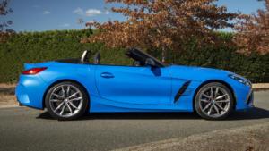 Вид сбоку BMW Z4