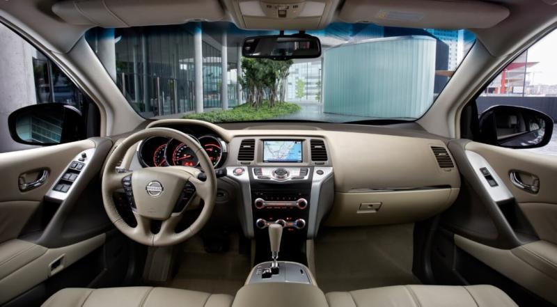 Интерьер Nissan Murano 2